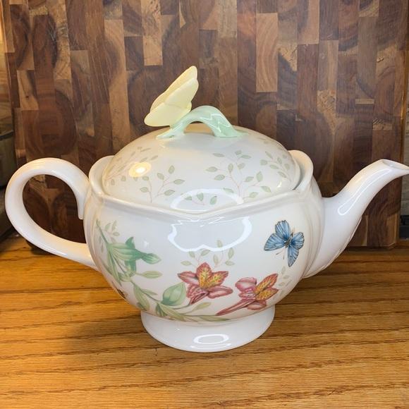 Lenox Butterfly Meadows teapot preloved